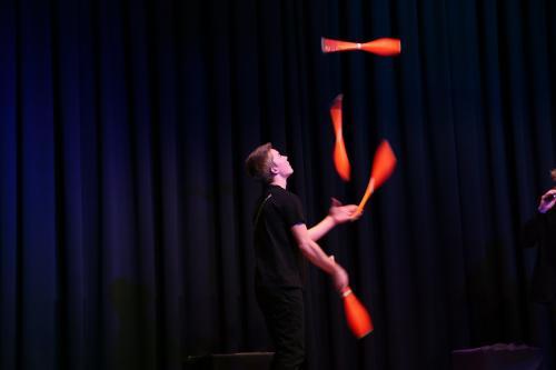 juggling_aj (6)